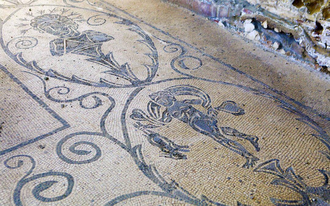 Il mosaico di Antinoo nelle Terme di Baia