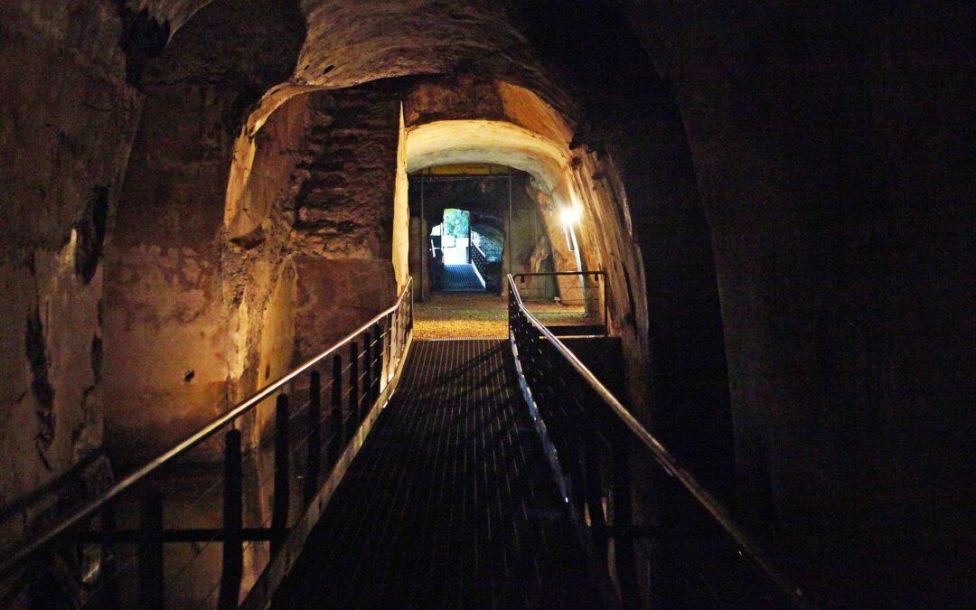 La Grotta della Dragonara a Miseno.